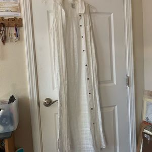 long white cardigan, no sleeves